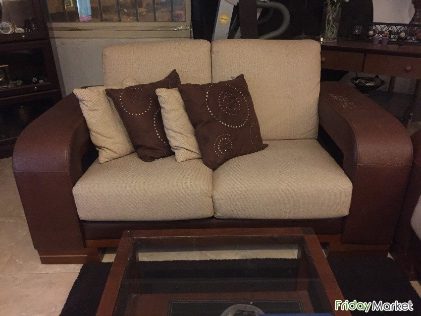 Sofa Set Carpet And Center Table For Sale In Kuwait