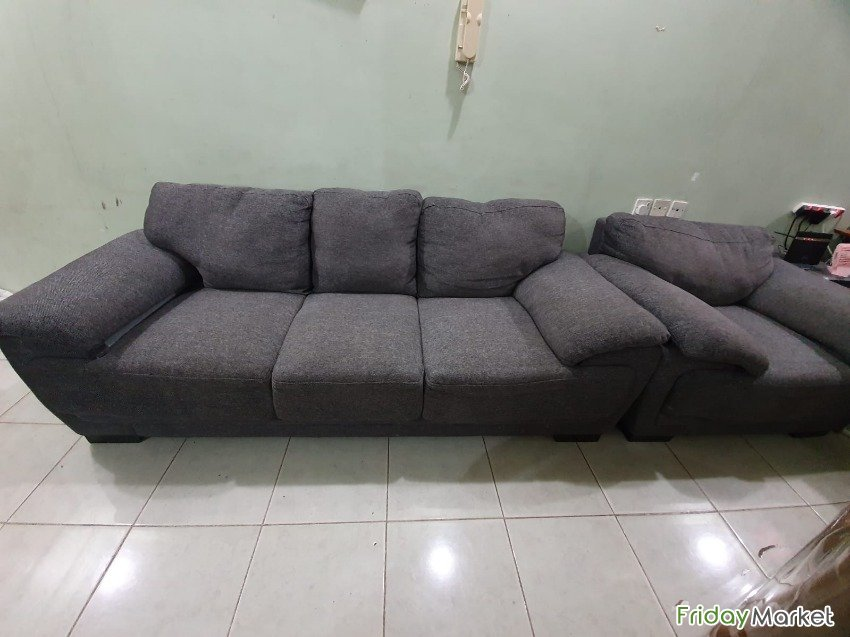 Home Center Used Sofa (3+2+1) For Sale Mangaf Kuwait